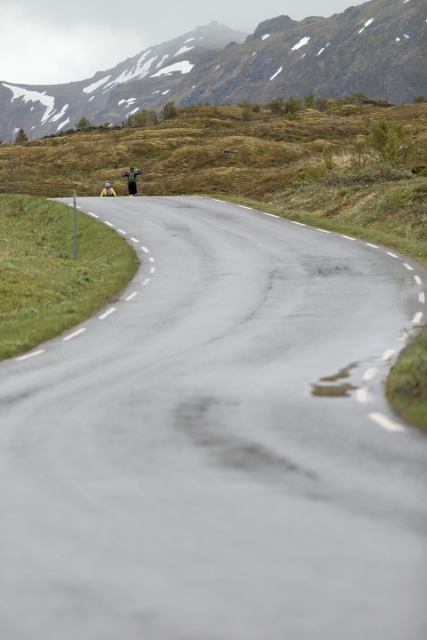 Runners on the road close to Eggum, during the 2016 Lofoten Ultra Trail.